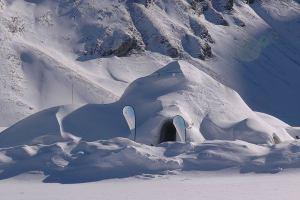 Италия: Горная иглу откроется в Ливиньо