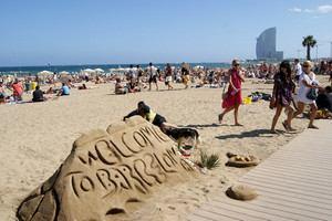 Испания получила с туристов 70 млрд евро