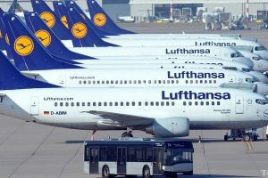 Германия: Lufthansa включит к Интернету короткие и средние рейсы