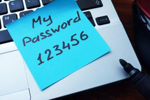 Почти 89% сайтов турбизнеса незащищают данные пользователей
